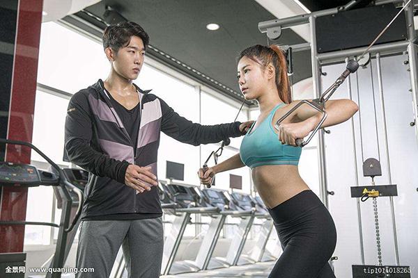 健身培训学院学费一般是多少