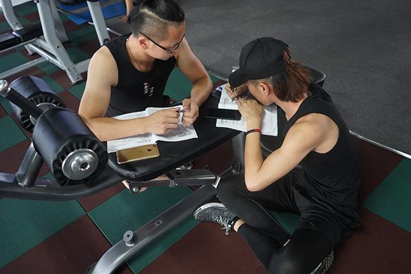 健身教练培训学院选哪个比较好