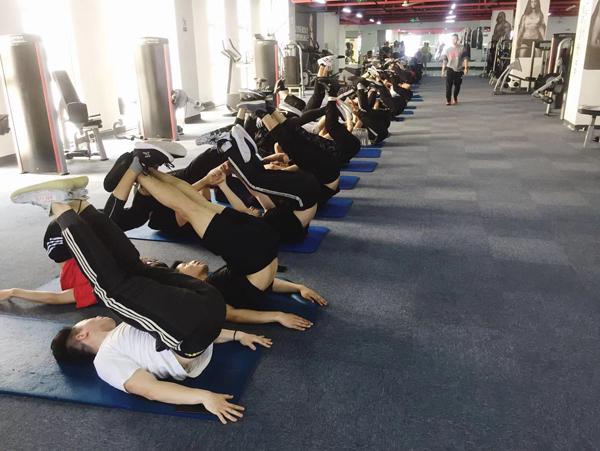 健身教练多少钱一月