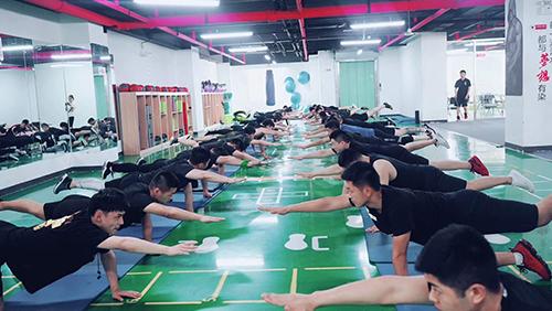 为什么一定要参加私人健身教练培训